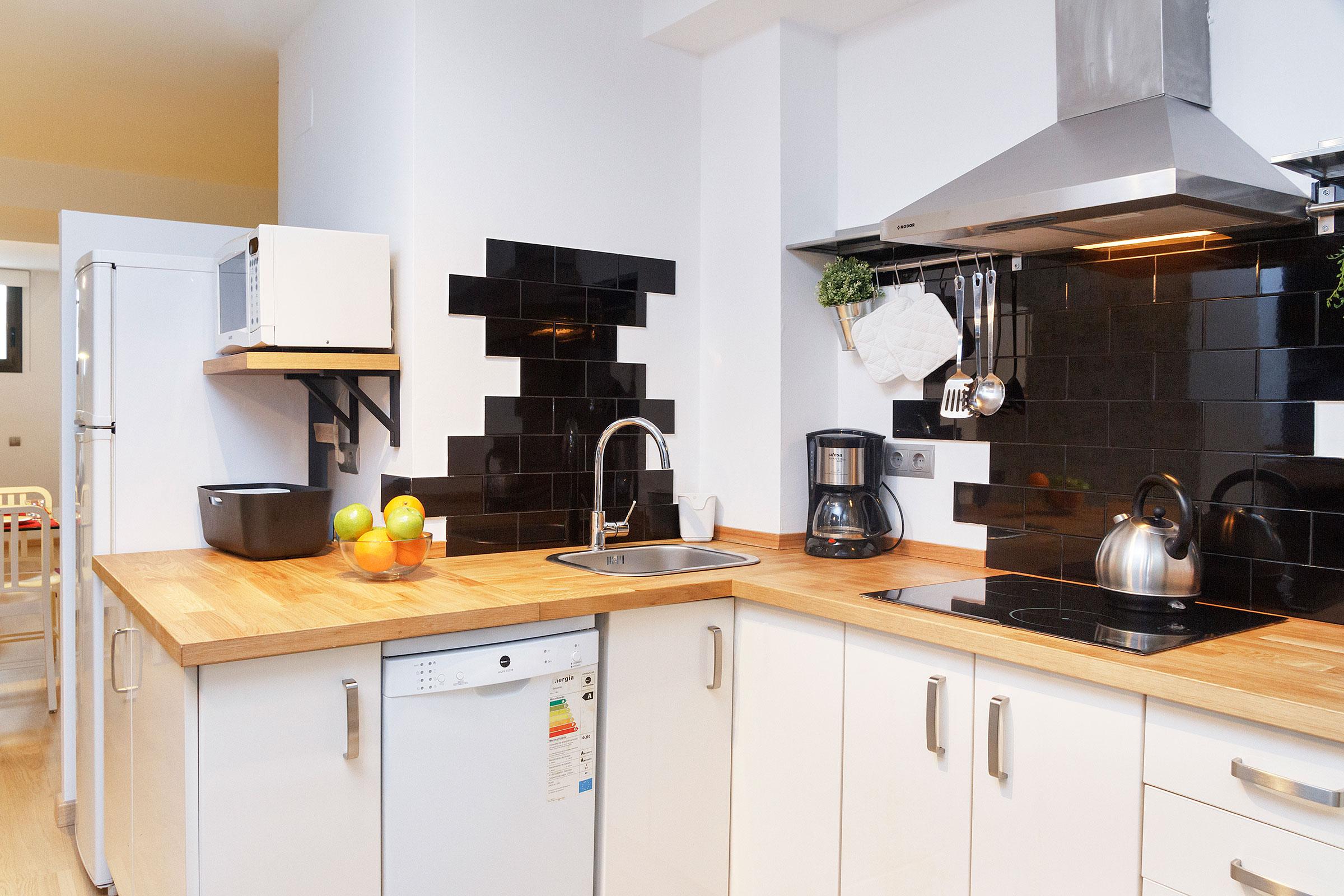 NOETHA: Duplex low cost al Poble Nou